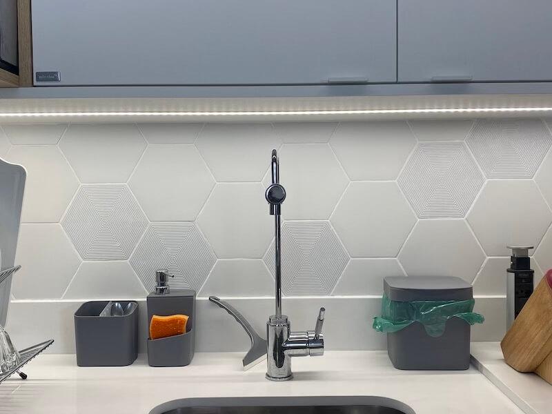 cozinha decorada com led